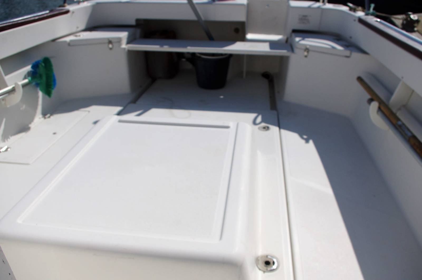 Arvor 20 (2008) For Sale. Sports Fisher Web:www.yachts.co Call: 01646602500 Visit: Yachts.co at Neyland Marina SA73 1PY