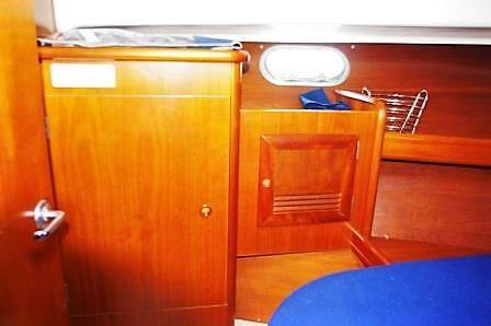 Beneteau Antares 10.80 for Sale (2201). Yachts.co Neyland. Call: 01646602500 Email: neyland@yachts.co