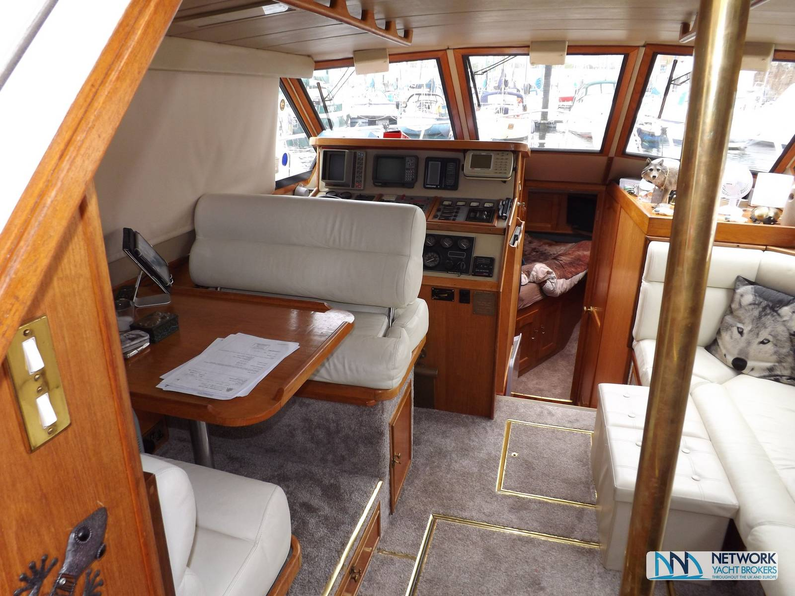 Colvic Sterling 35 - Network Yacht Brokers Milford Haven Pembrokeshire SA73 3AX 01646 278270 Yachts.co Milford Haven Pembrokeshire SA73 3AX 01646 278270
