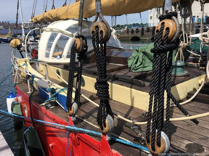 Loch Fyne Gaff Cutter - Network Yacht Brokers Milford Haven