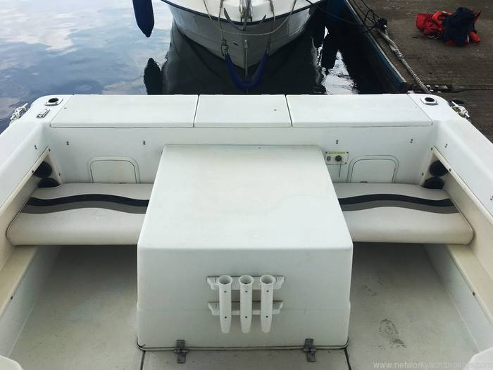 Seaswirl Sea Striper 2100 Walkaround - Network Yacht Brokers Milford Haven