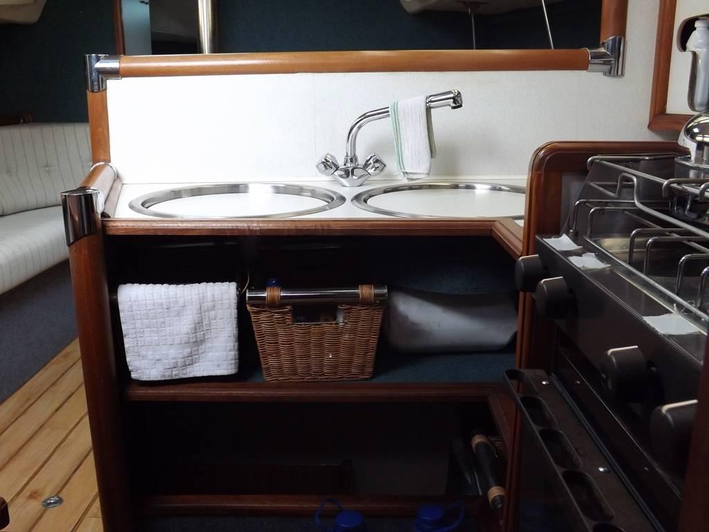 Jouet 1080 Network Yacht Brokers Milford Haven Pembrokeshire 01646 278270