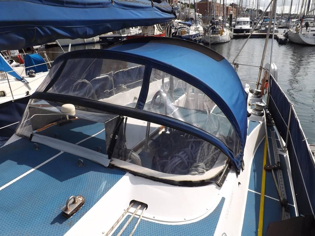 Westerly Discus Bilge Keel Network Yacht Brokers Milford Haven Pembrokeshire 01646 278270
