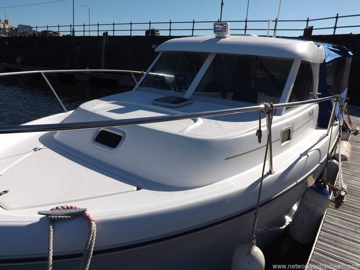 Beneteau Antares 710 - Yachts.co Milford Haven Pembrokeshire Network Yacht Brokers Milford Haven Pembrokeshire