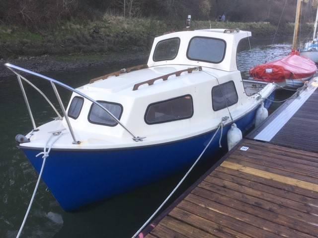 535_Pilot_Boat___Inboard_Diesel