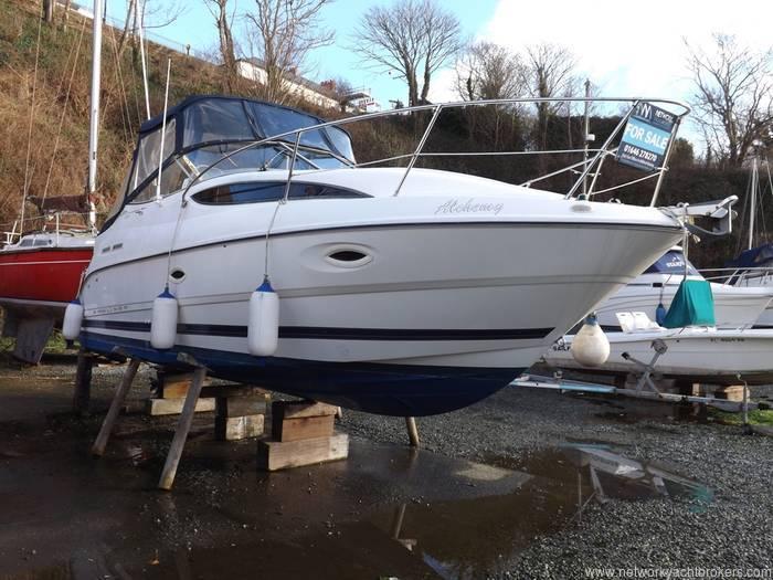Bayliner Ciera 2655si Network Yacht Brokers Milford Haven Pembrokeshire 01646 278270