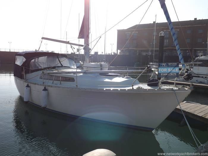 Moody 30 - Network Yacht Brokers Milford Haven Pembrokeshire Yachts.co Milford Haven Pembrokeshire SA73 3AX - 01646 278270
