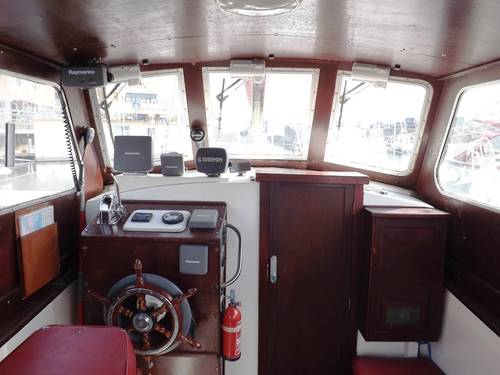 Colvic 26 Motor Sailer Network Yacht Brokers Milford Haven Pembrokeshire 01646 278270 Yacht.co Milford Haven Pembrokeshire 01646 278270