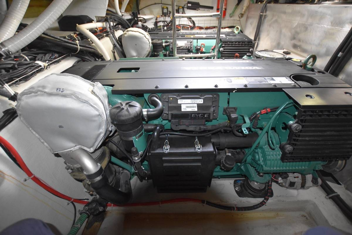 Bavaria Sport 400 Hard Top