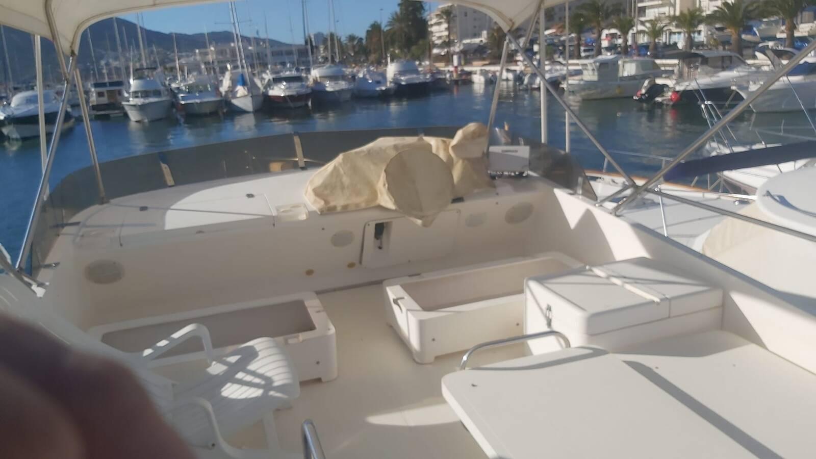 Flybridge Princess Motor Yacht
