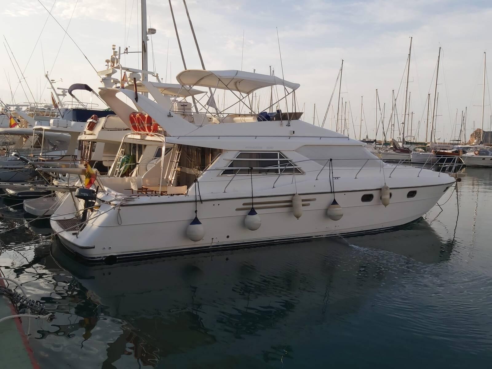 Side Photo Princess Motor Yacht
