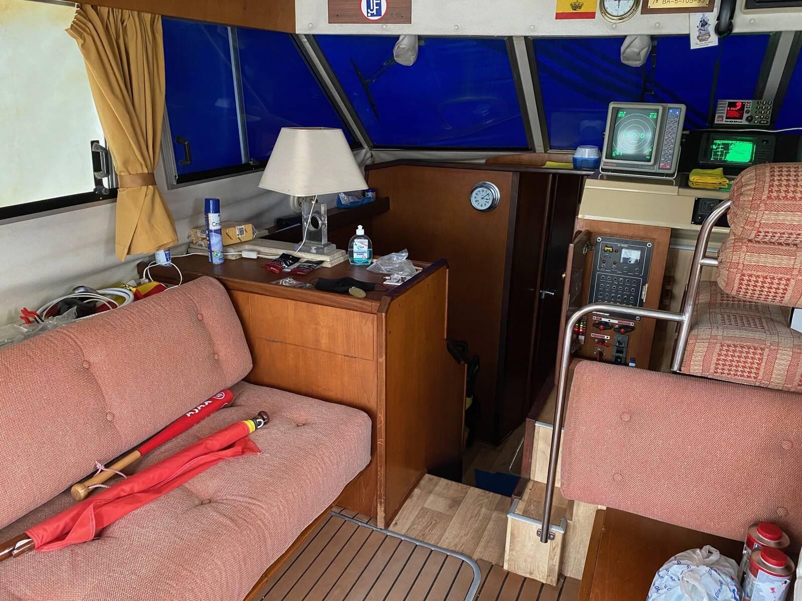 saloon Fairline sedan Boat for sale