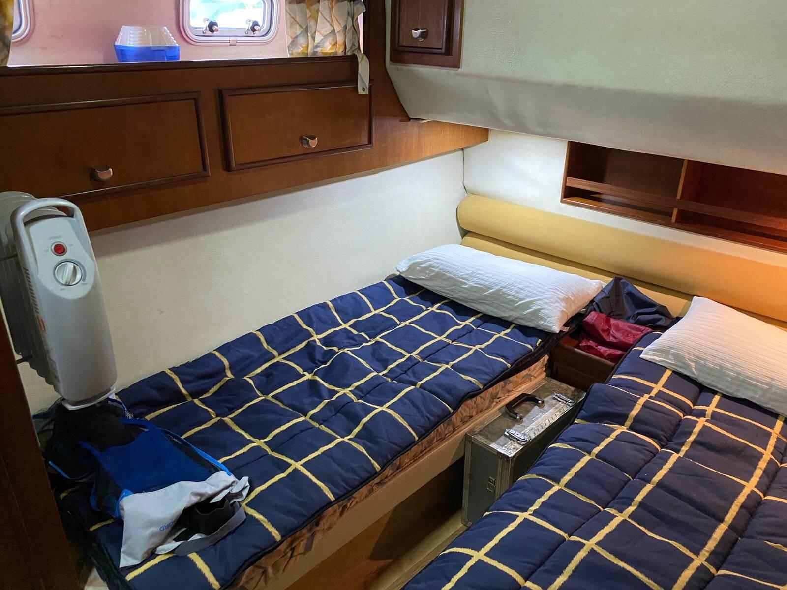 twin Fairline sedan Boat for sale