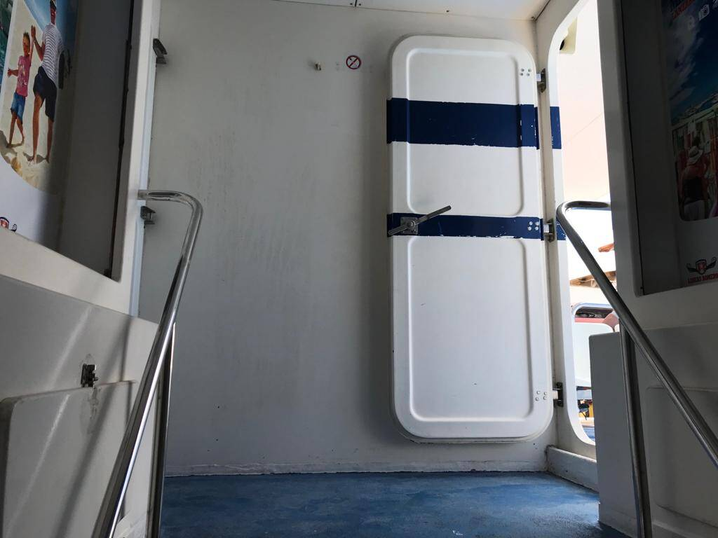 Doorway Catamaran Commercial Boat for Sal