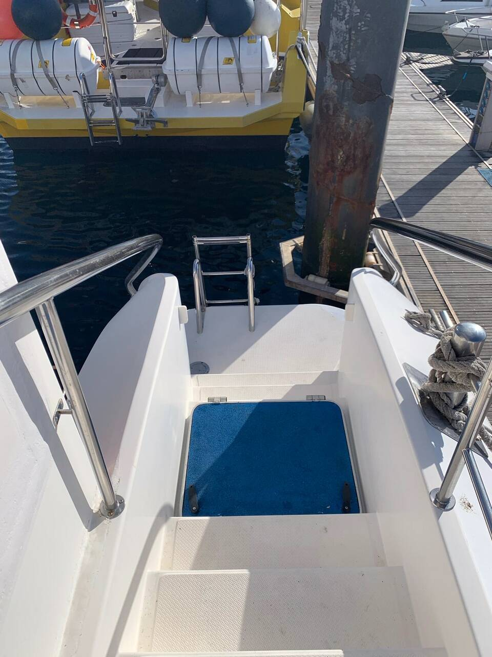 Steps up Commercial Catamaran Glass Bottom Boat for sale
