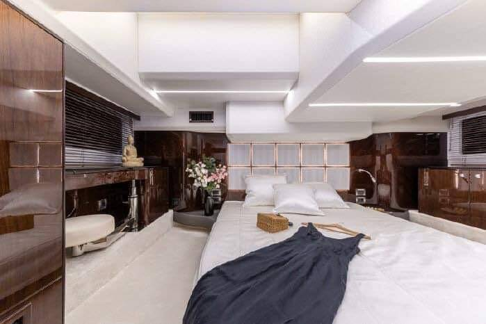 cabin bed Galeon 400 Flybridge Motor Yacht for sale
