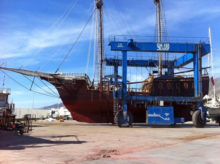 lift Pirate Ship Film Ship Replica For Sale