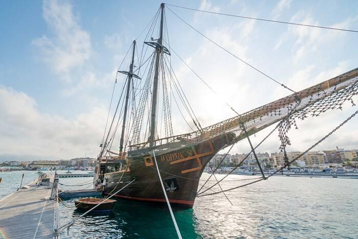bow Pirate Ship Film Ship Replica For Sale