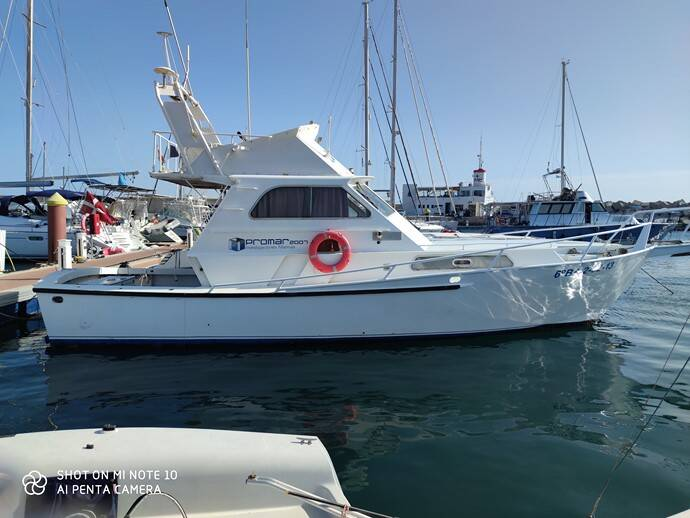 Commercial_Striker_38_for_oceanographic_and_environmental_work