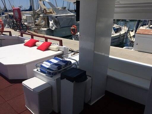 Tourist boat for sale deck