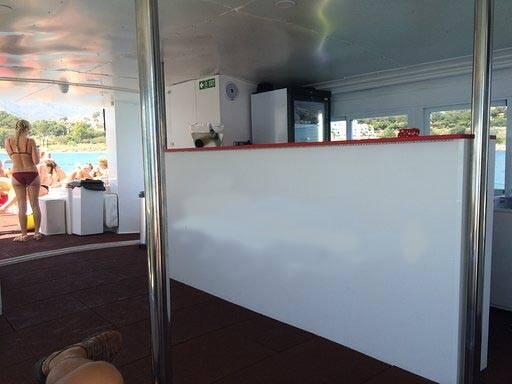 Tourist boat for sale side reception