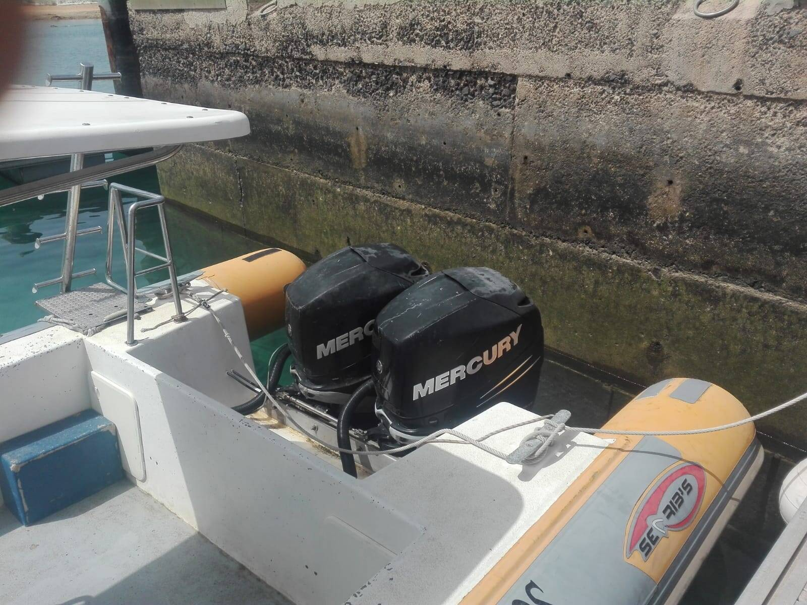 RIB Rigid Inflatable Boat For Sale Model 1050 pro / Engines
