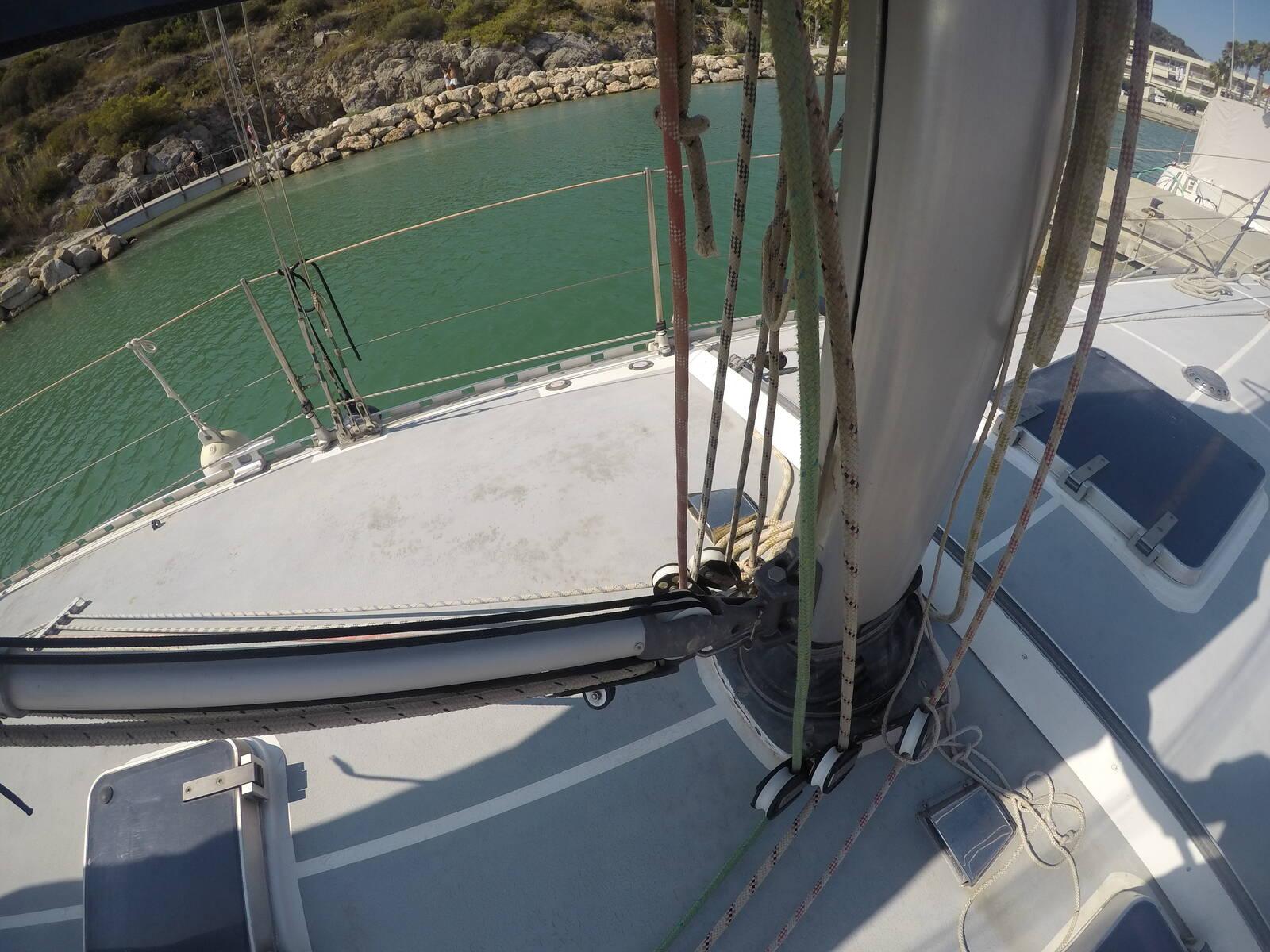 Ansa 42 Sailing Yacht Mast