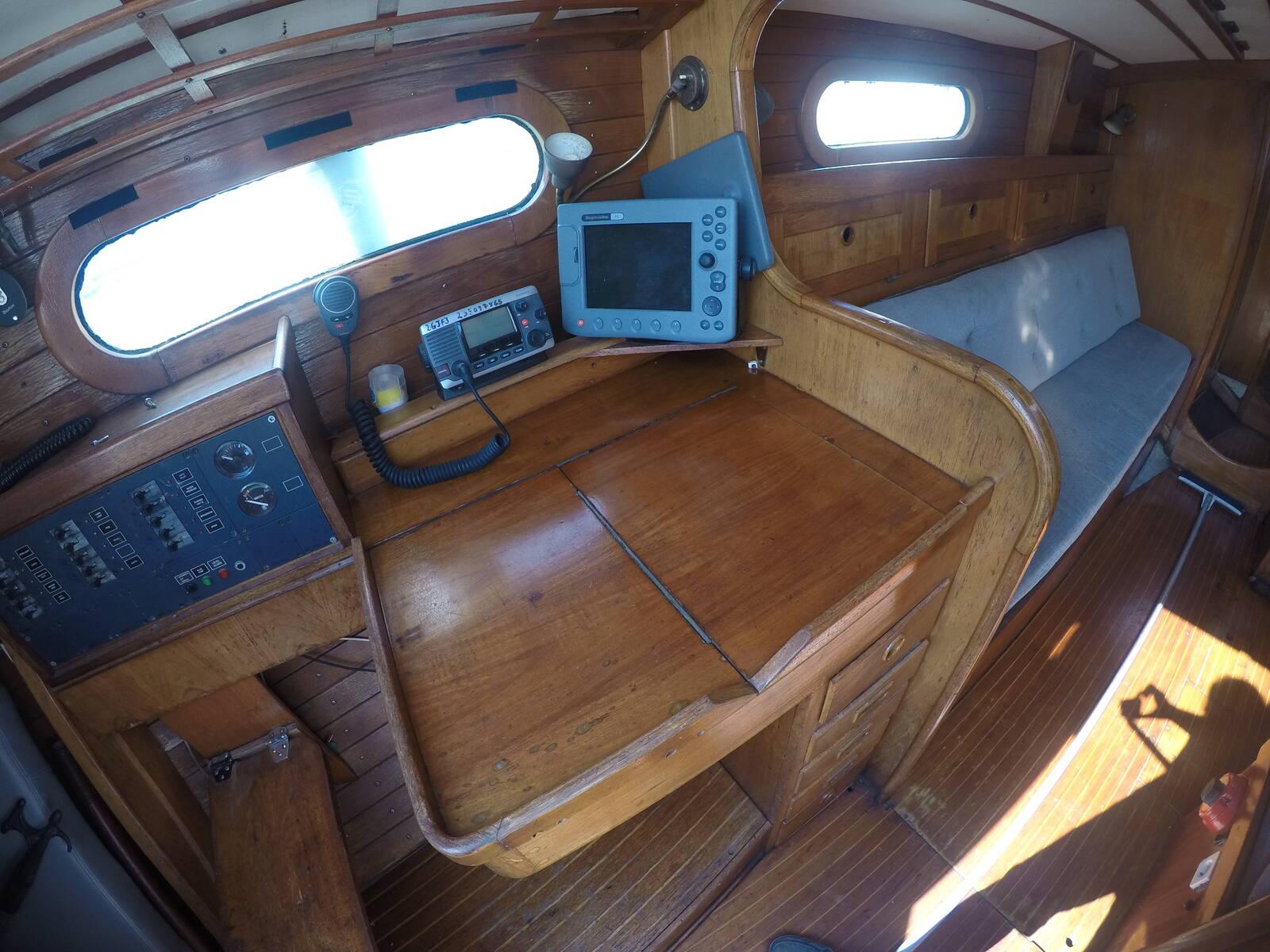 Ansa 42 Sailing Yacht Chart table Navigation