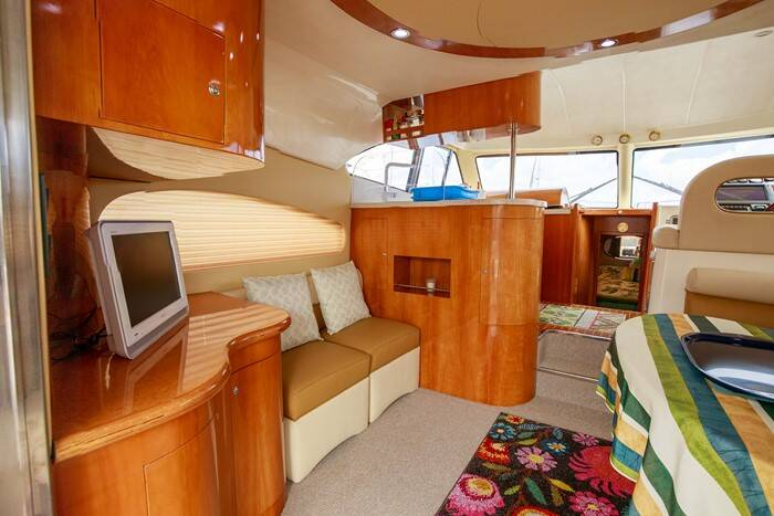 Rodman 41 Cruiser Saloon