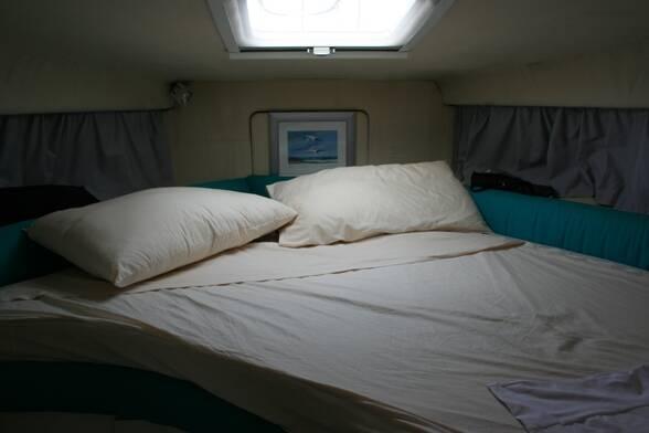 Cranchi Cruiser 32 cabin