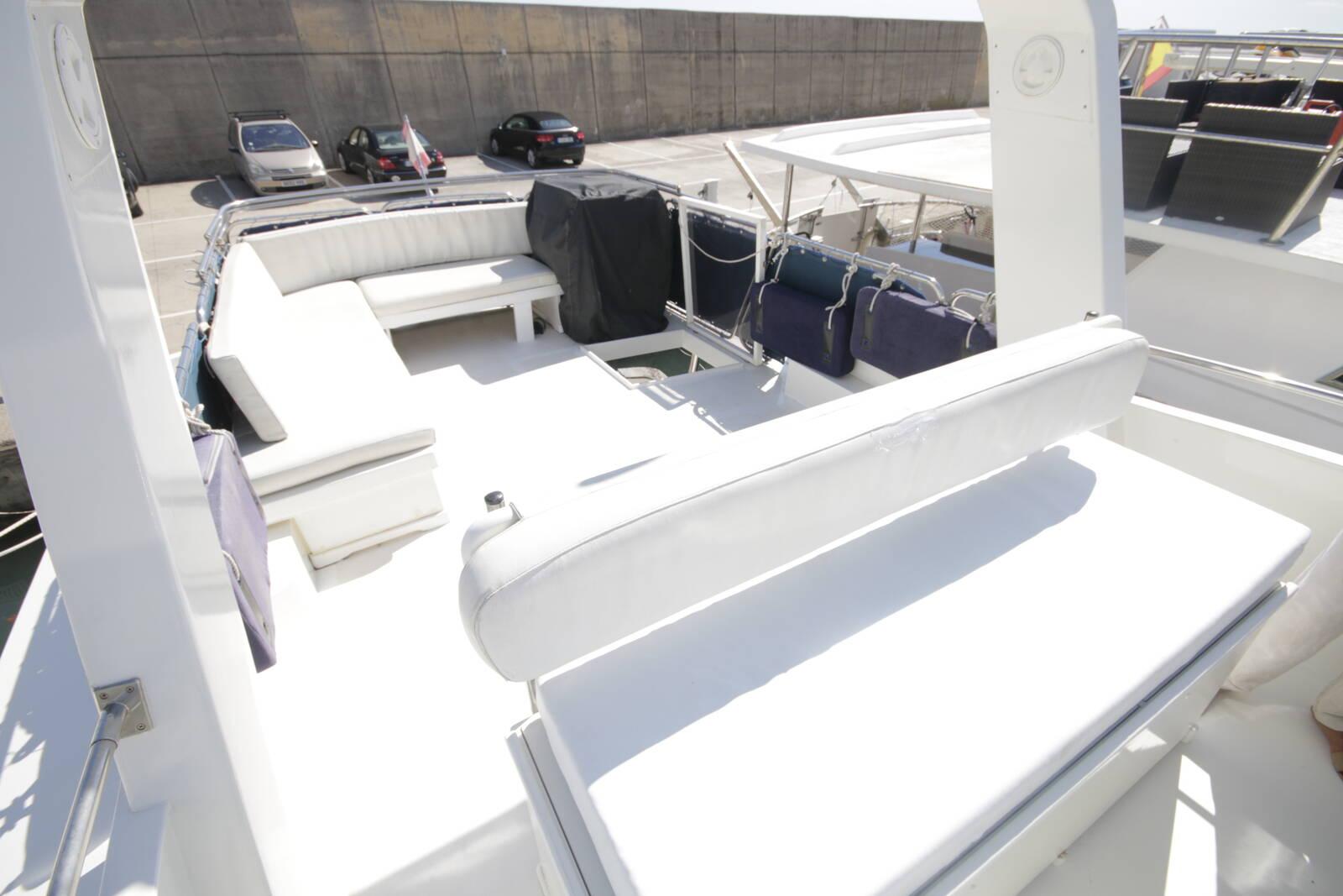 Astondoa 18 M flybridge