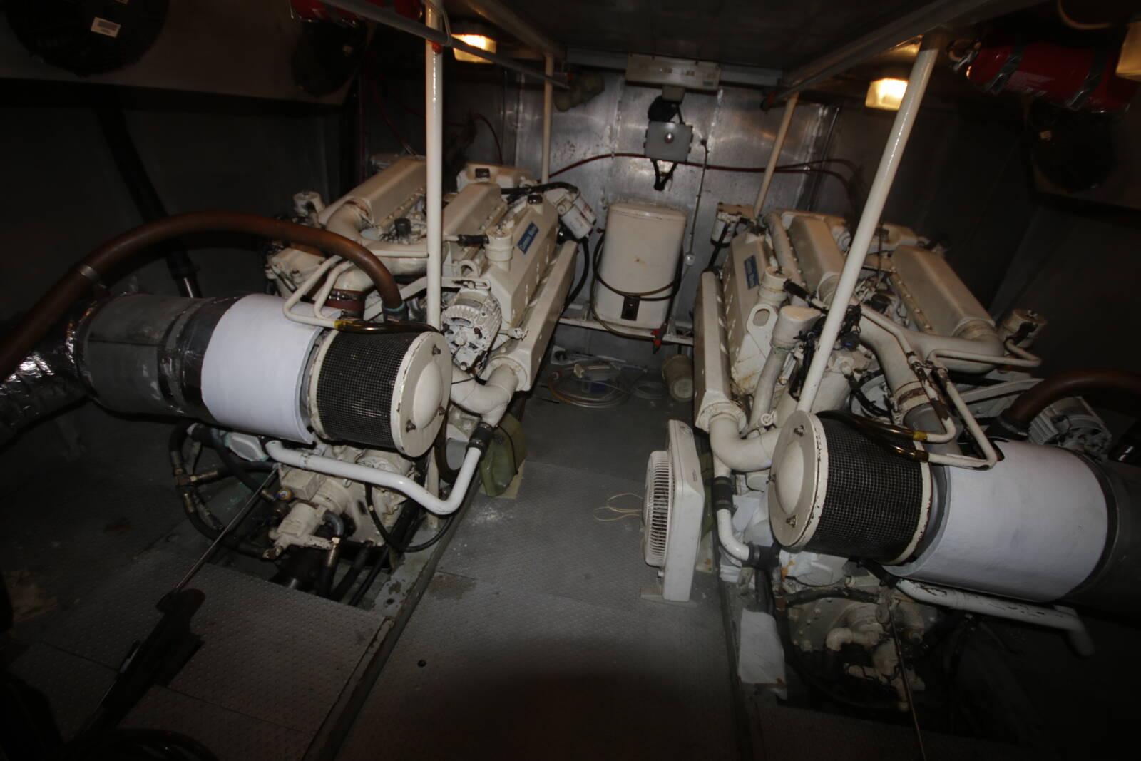 Astondoa 18 M engine