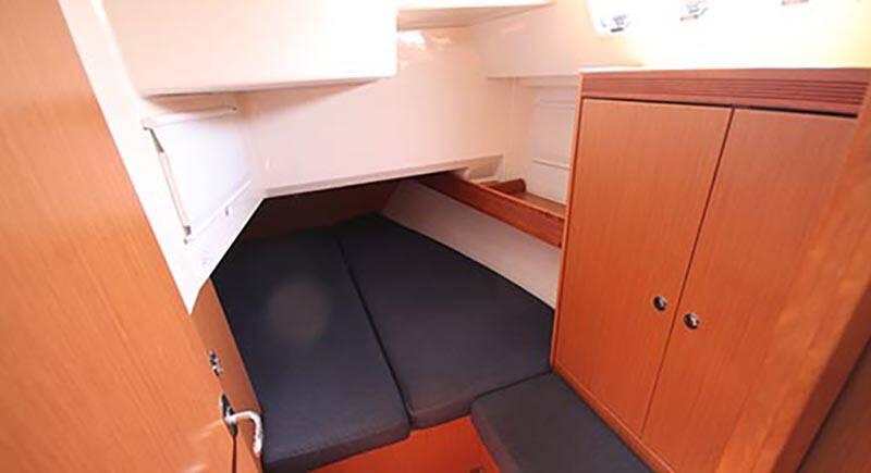 Bavaria 40 Voyager aft cabin