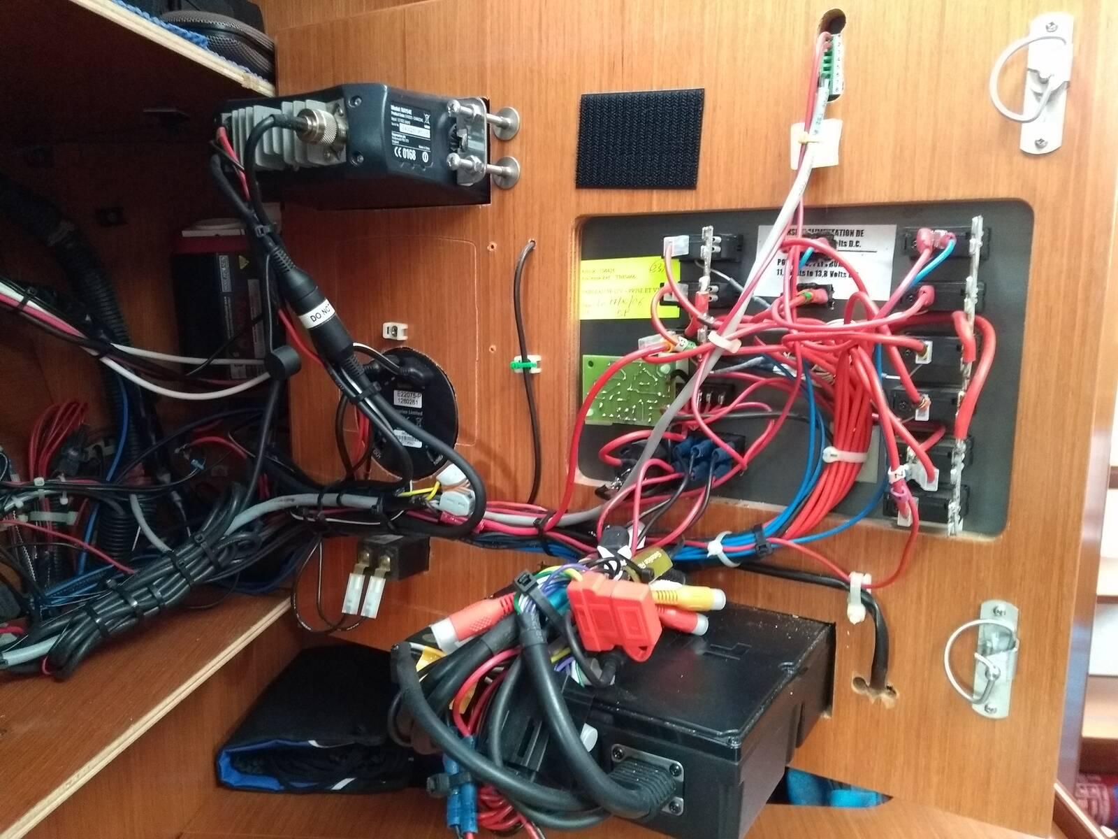 Beneteau Oceanis 343 electric