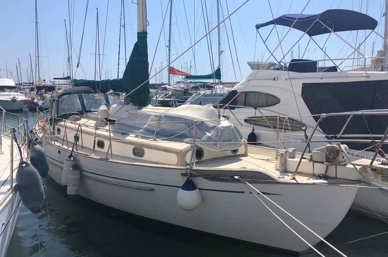 Tayana_37_Bluewater_Cruising_Yacht