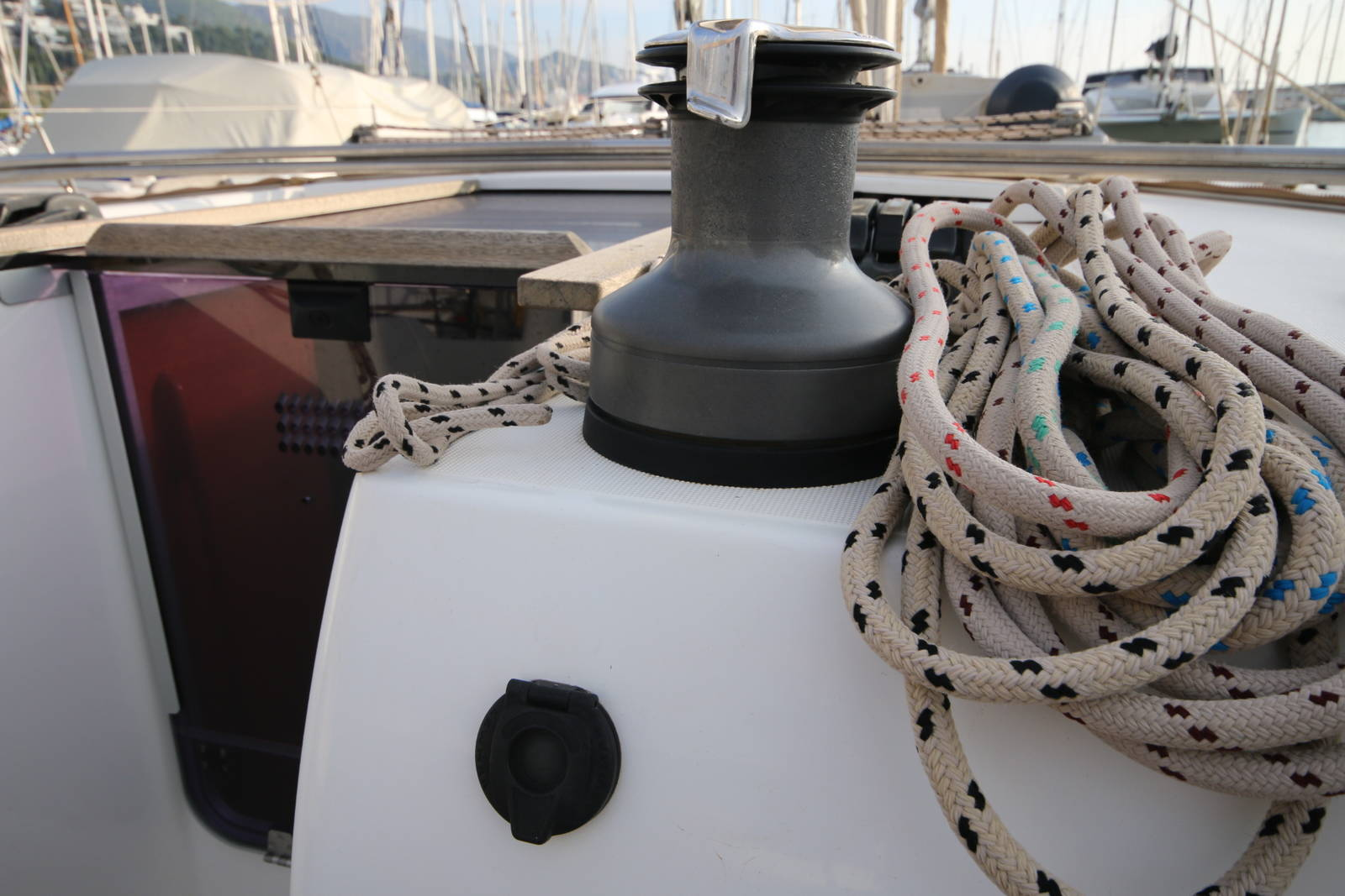 Dufour 450 Grand Large Winches
