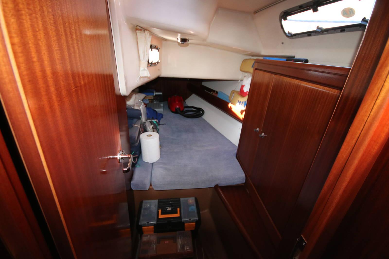 Bavaria Cruiser 40 aft cabin 2