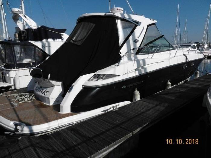 Monterey_415_Sports_Yacht