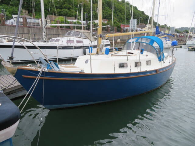 Classic_Yacht_Deep_Seadog_30
