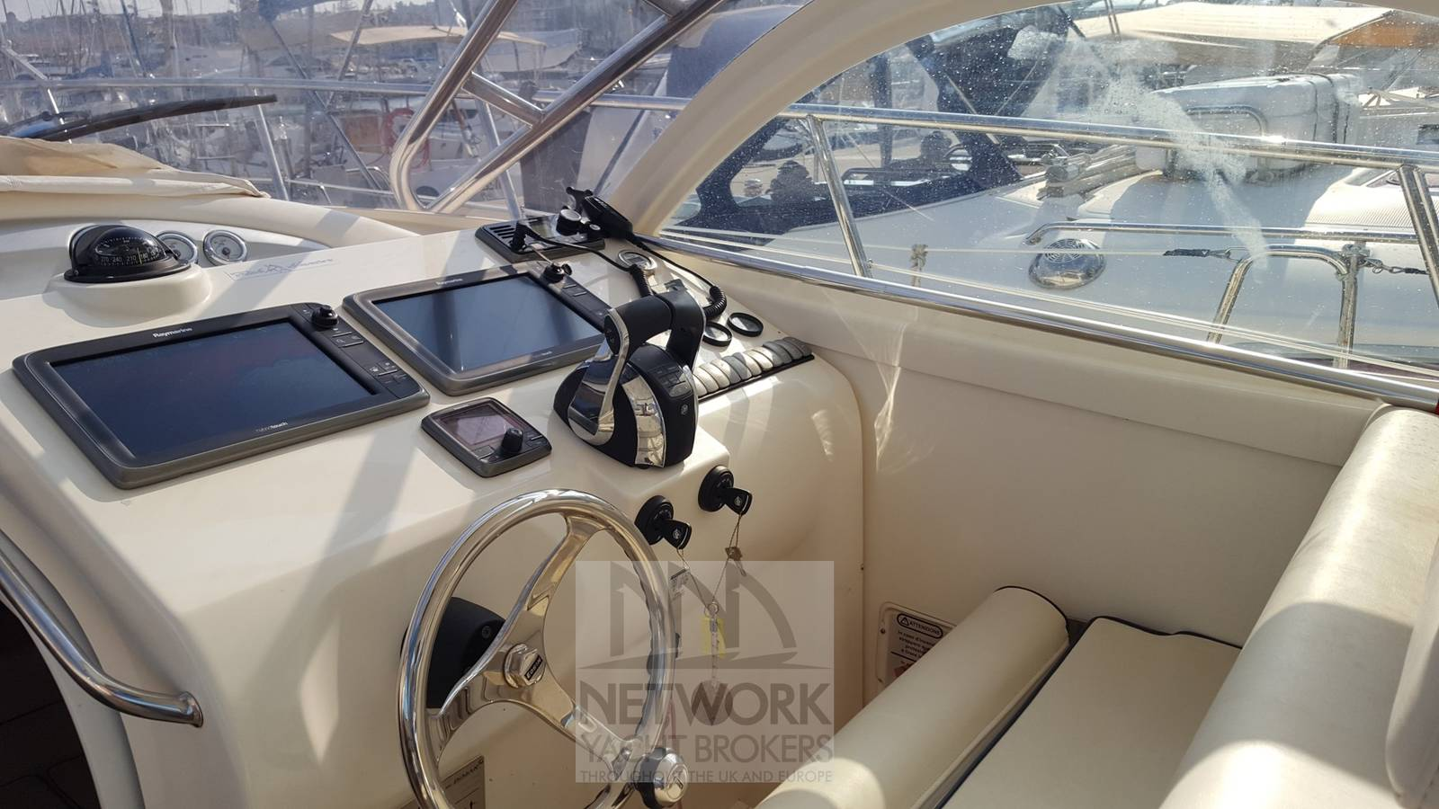 Bimax Genesis 930 - Network Yacht Brokers | Antibes