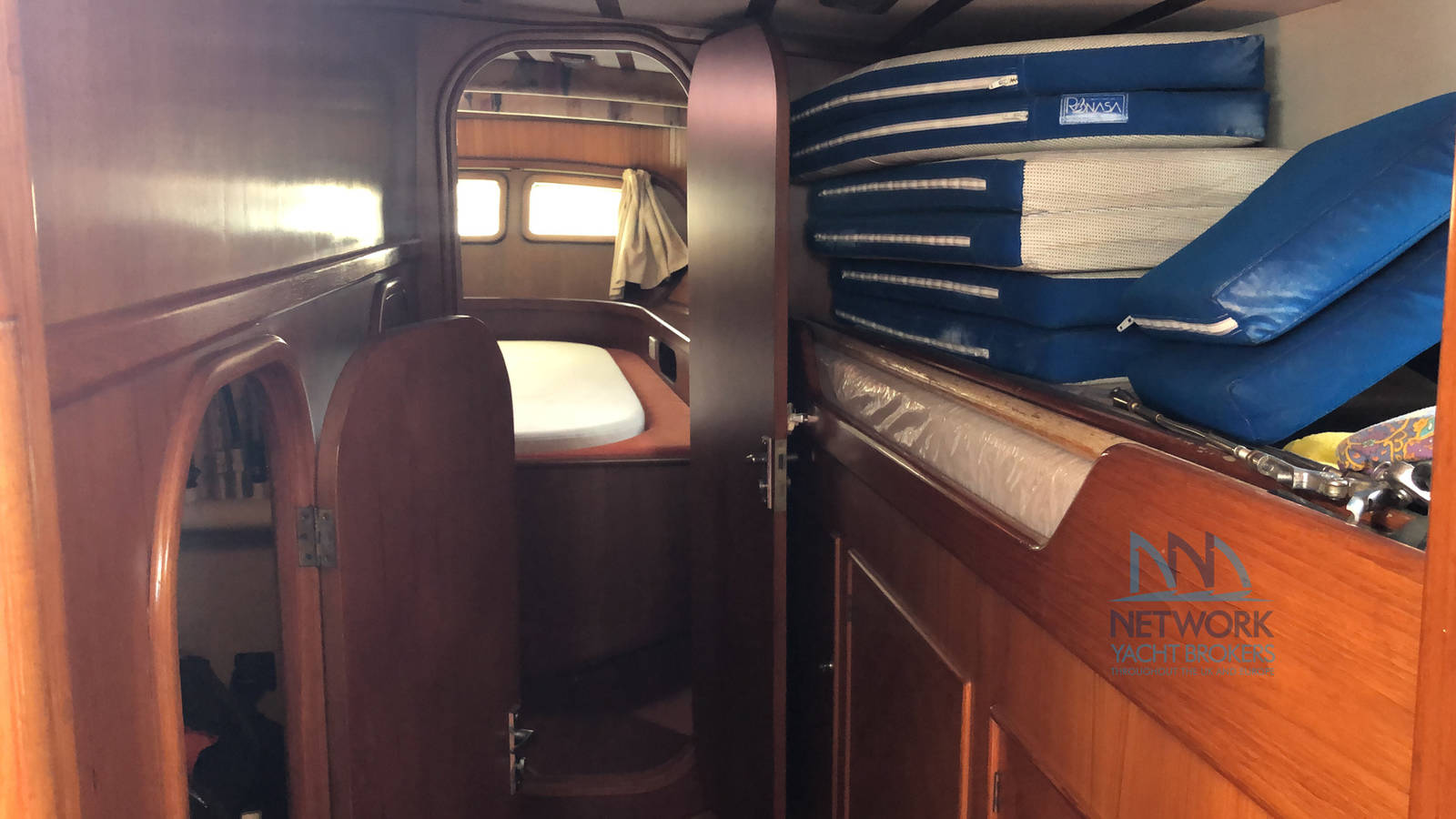 storage space  Belliure 50