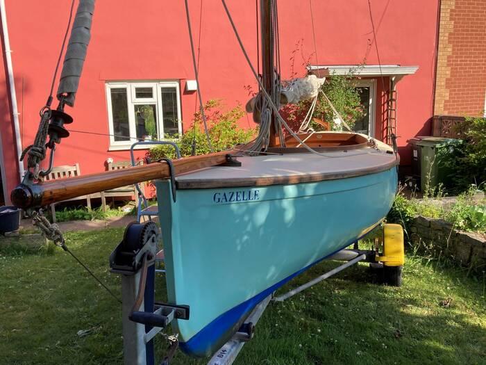 Tela_Dayboat