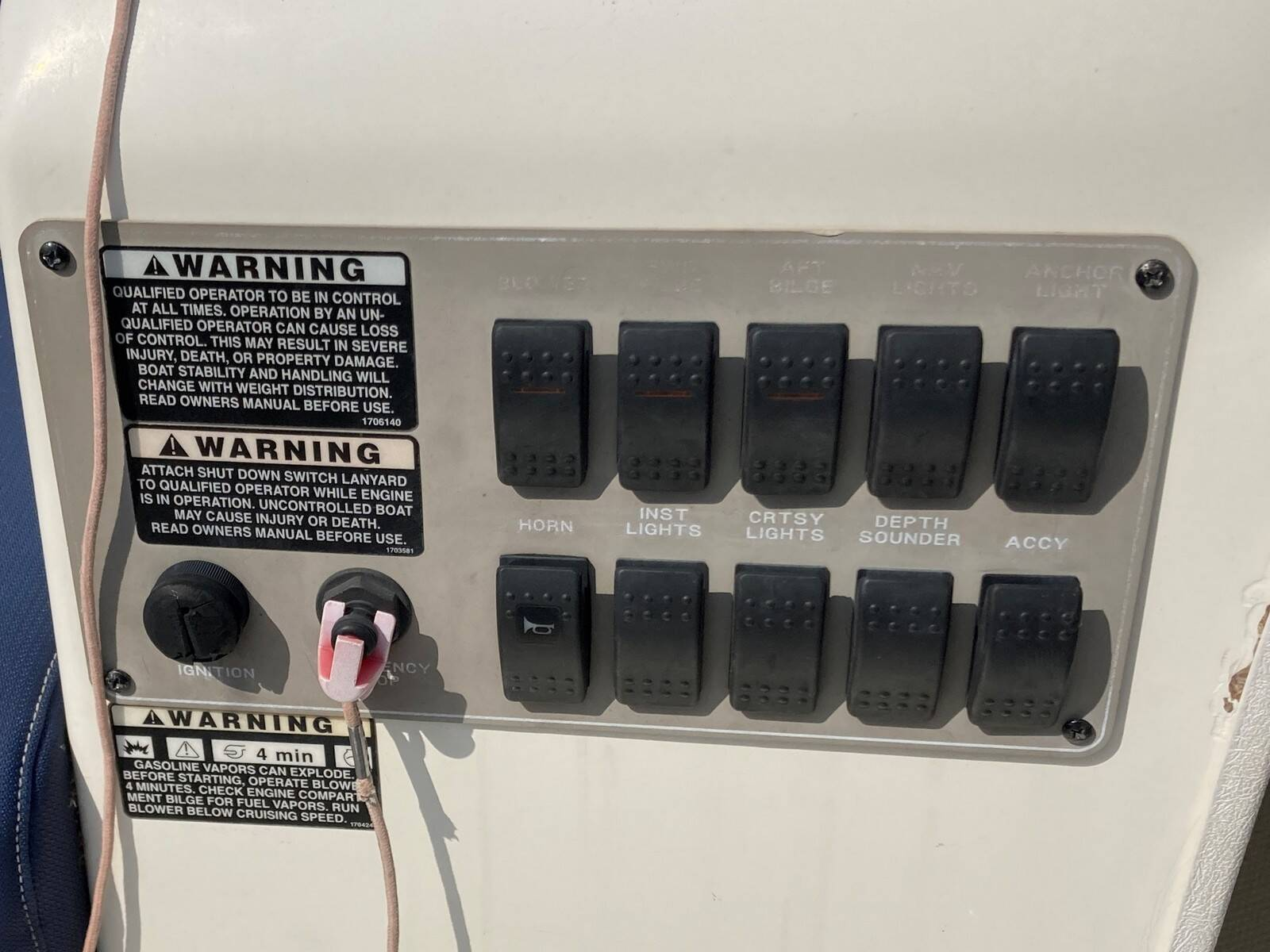 Bayliner 288 fly switches