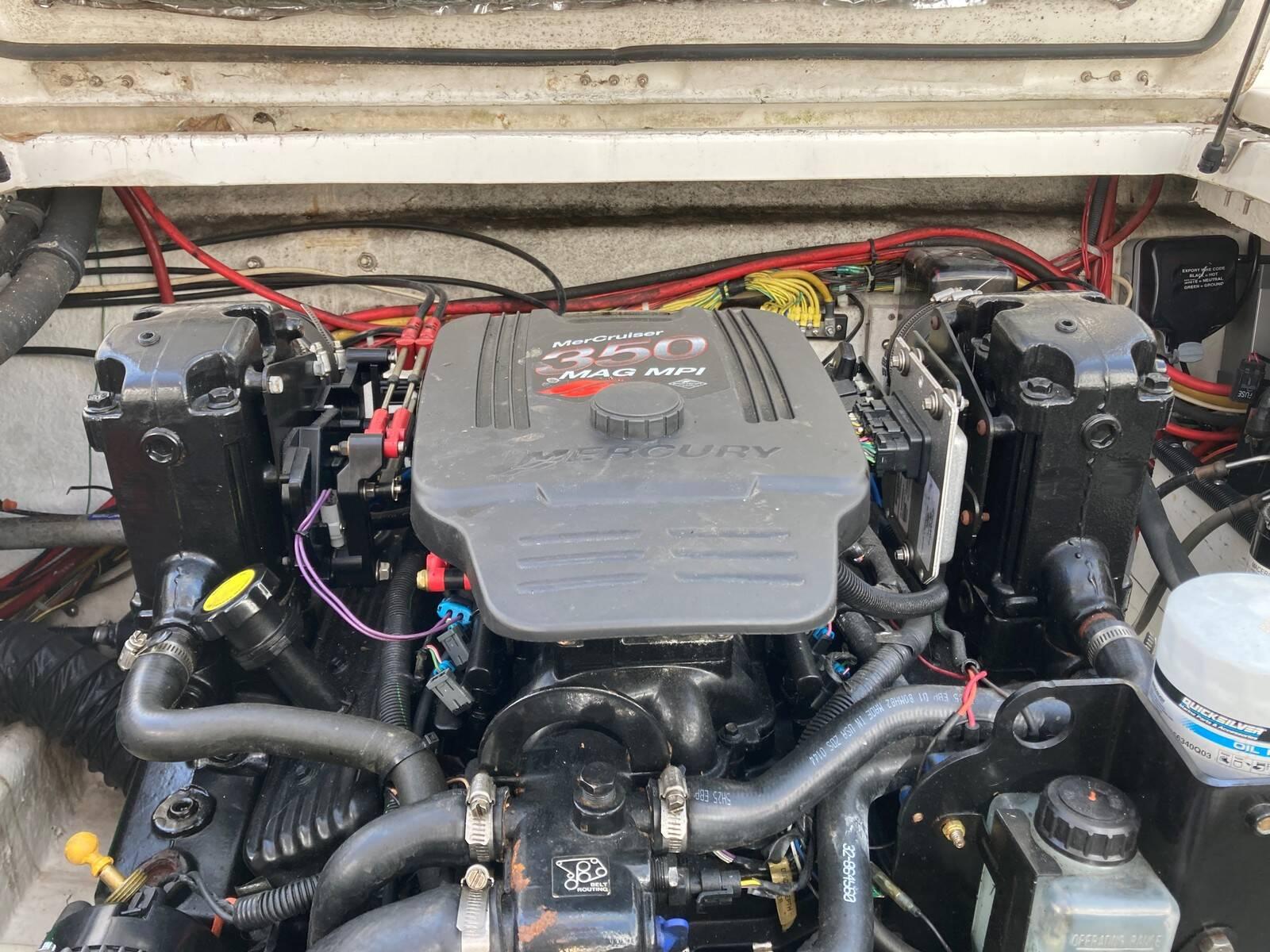 Bayliner 288 engine 2