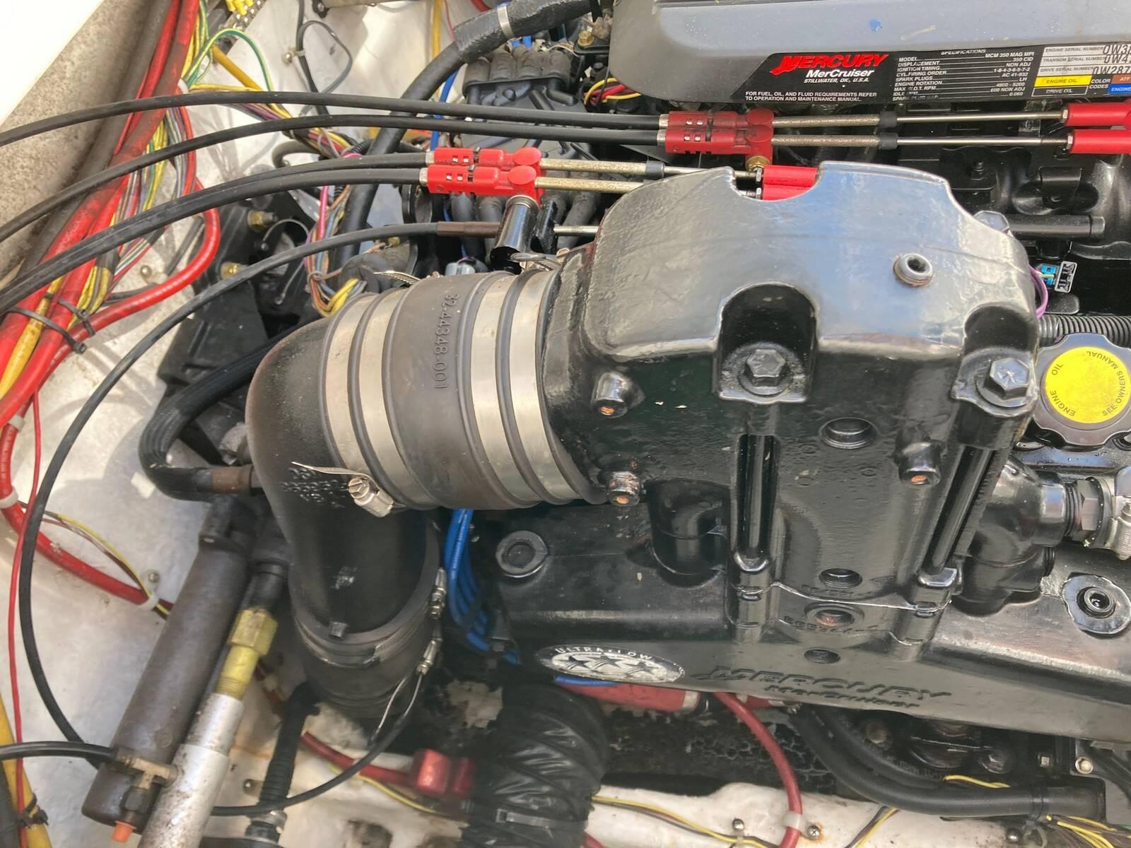 Bayliner 288 engine 6