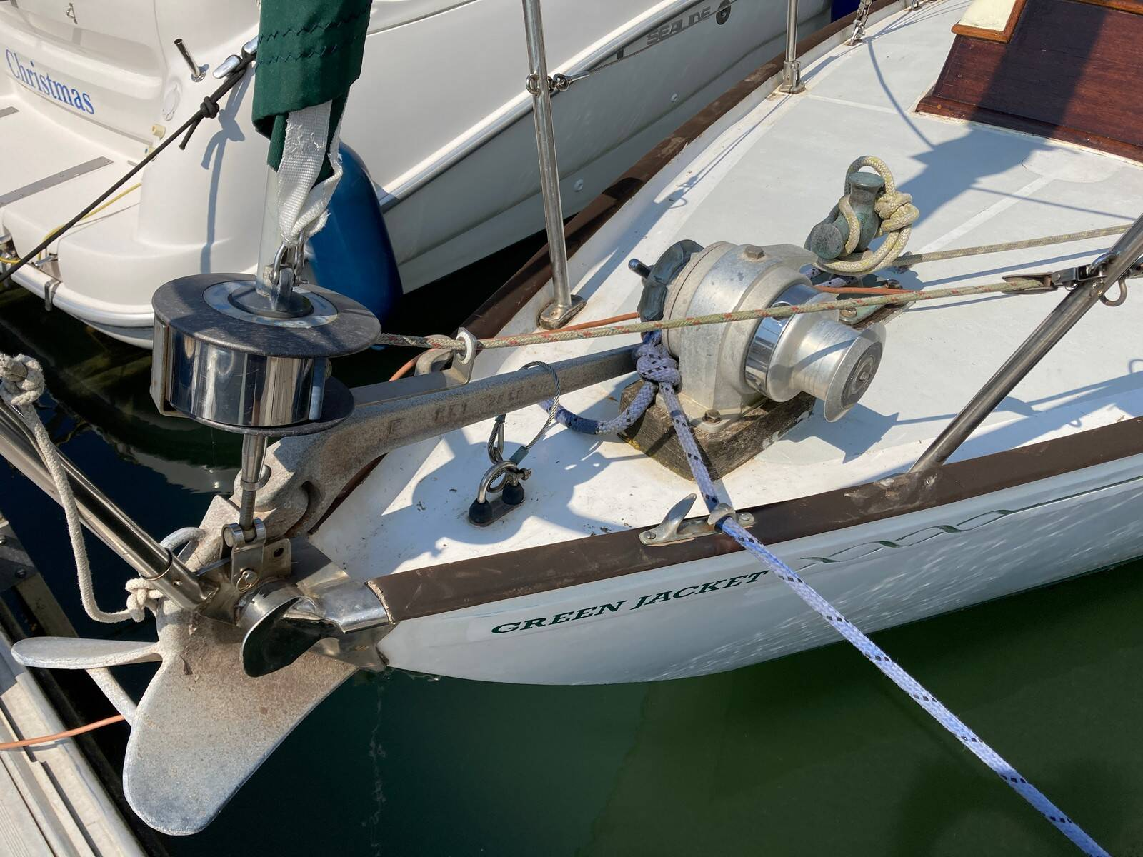Twister 28 foredeck