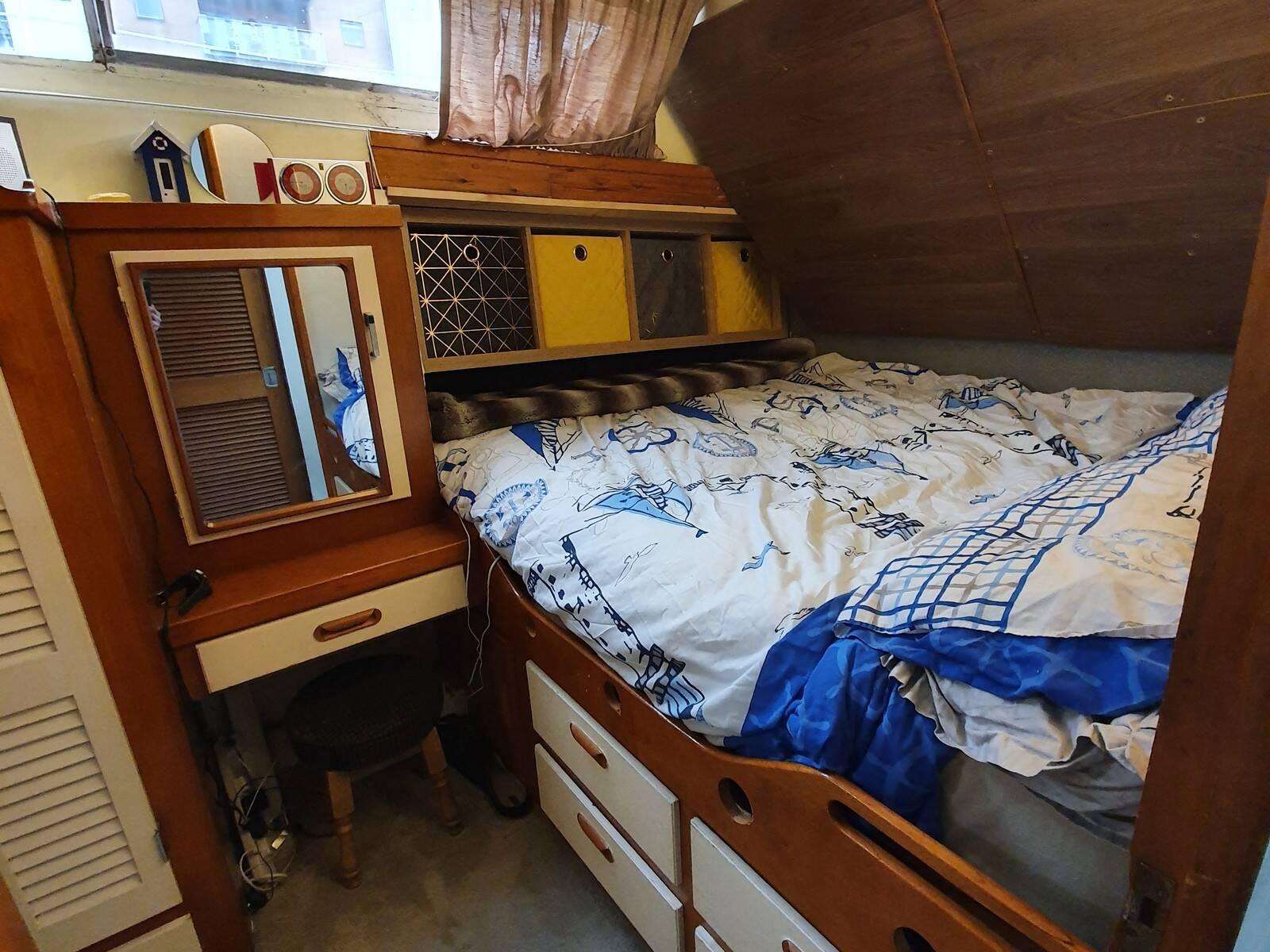 Souter 50 main cabin 3