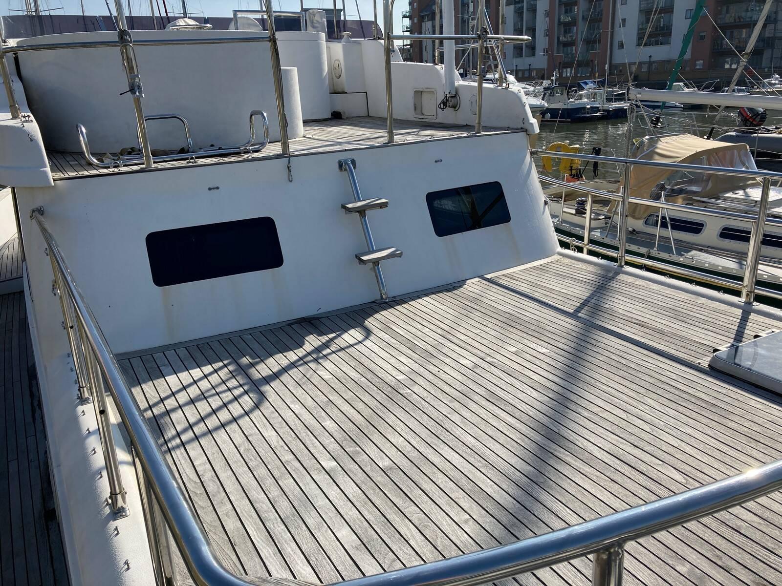 Lattitude 44 sun deck