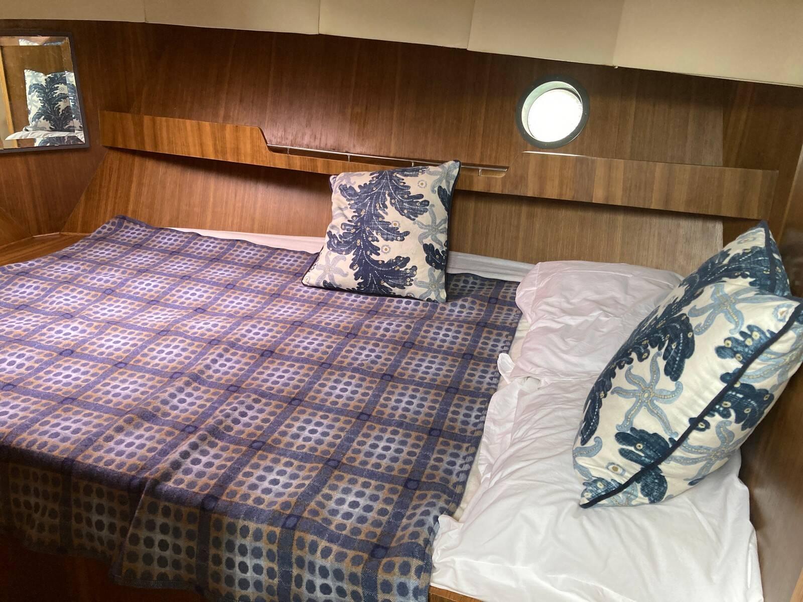 Lattitude 44 fore cabin 2