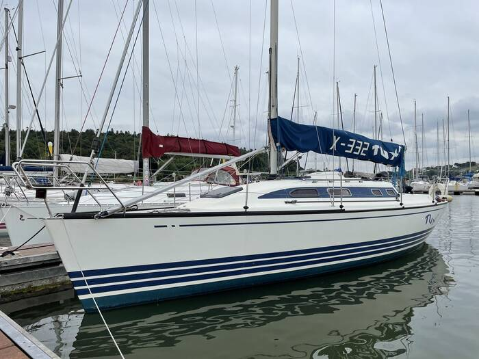 X_Yachts_X_332